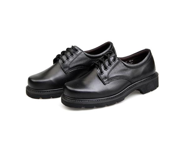 B07军警皮鞋